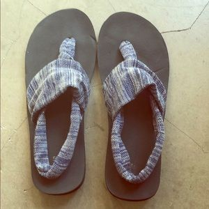 Mossimo: Sanuk style sandals